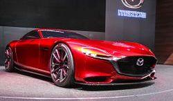 Mazda RX-VISION: sportowiec z silnikiem Wankla