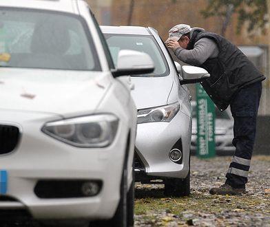Zastawy, kradzieże czy umowy do wypełnienia. Kupno samochodu jest skomplikowanym procesem