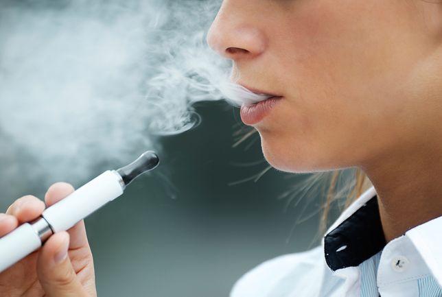 E-papierosy bezpieczne dla otoczenia? Amerykanie przedstawiają wyniki badań