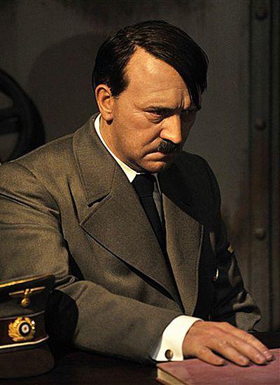Sensacyjne odkrycie: Hitler nie popełnił samobójstwa?