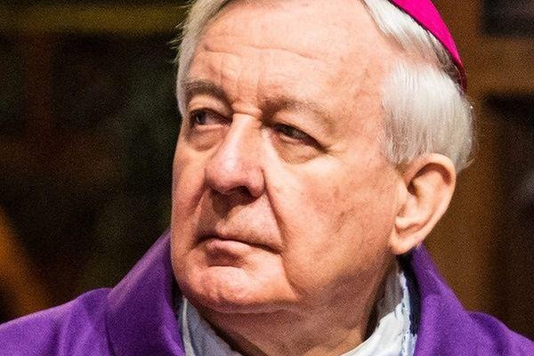 Senator Jackowski: abp Paetz ma prawo koncelebrować mszę w 1050. rocznicę Chrztu Polski