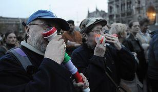 Demonstranci żądają dymisji prezydenta Węgier Pala Schmitta