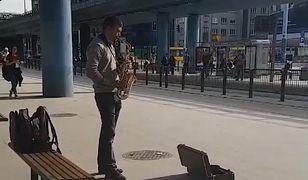 Ktokolwiek widział, ktokolwiek wie - Kasia wierzy w odnalezienie saksofonisty dzięki sile rażenia mediów społecznościowych
