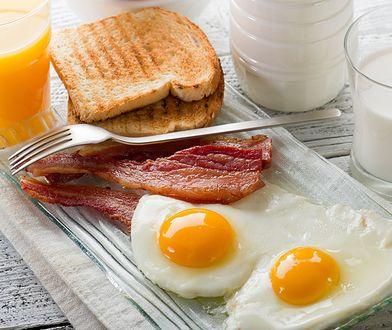Jajka na bekonie są dla IQ twojego dziecka tak dobre, jak brokuły i orzechy!