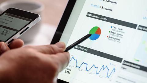 Google na straży jakości reklam w internecie: ostrzejsza kontrola nową metodą na oszustów
