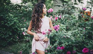 Niedrogie sukienki na wiosenne dni. Znaleźliśmy najlepsze modele, które kupisz za grosze