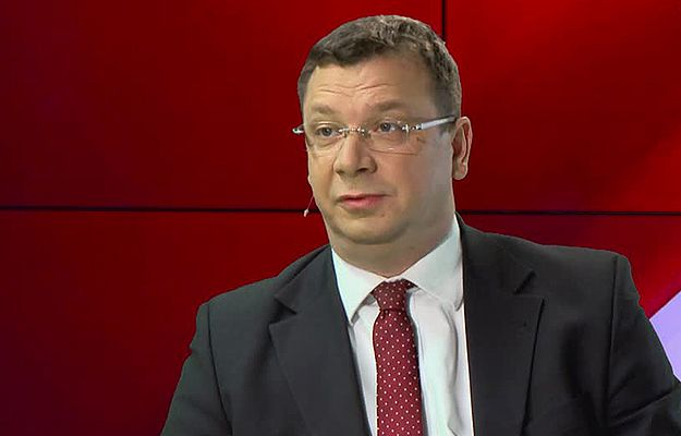 Wiceminister sprawiedliwości Michał Wójcik: wykorzystajmy elektroniczne opaski dla unikających płacenia alimentów
