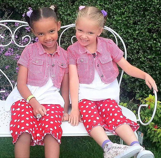 facebook.com Siostry bliźniaczki Marcia i Millie Biggs mają różne kolory skóry