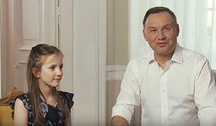 Występowanie w różnego rodzaju spotach, to oprócz nart ulubiony sport Andrzeja Dudy