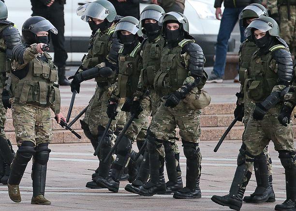 Białoruś. MSZ w stałym kontakcie z polskim konsulem w sprawie zatrzymania Zauchy