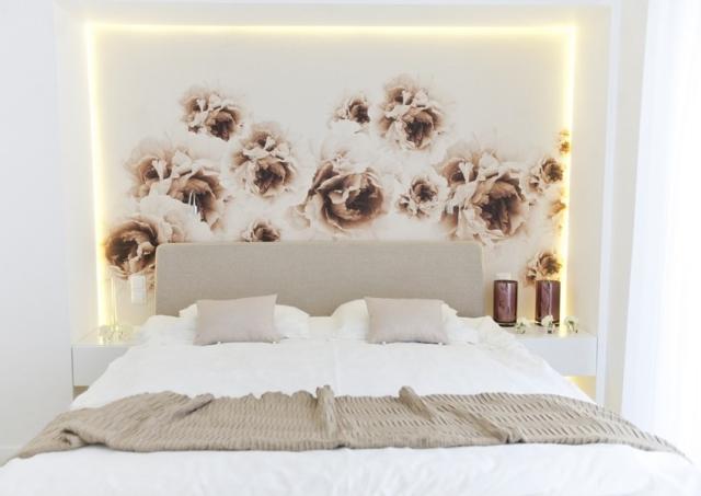 Czym wykończyć ścianę za łóżkiem? Fototapetą - WP Dom