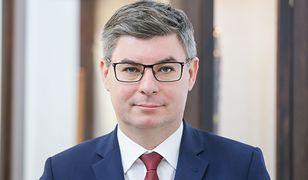 Jan Grabiec brał udział w kontrowersyjnym spotkaniu wyborczym w Legionowie