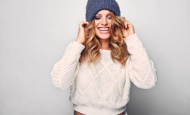 Sweter to najlepszy wybór na chłodną jesień i mroźną zimę