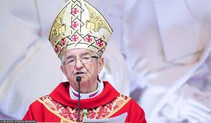 Sławoj Leszek Głódź sołtysem. Popularny ksiądz bez ogródek o arcybiskupie