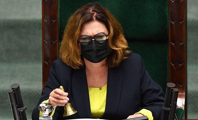 Sejm. Wicemarszałek Małgorzata Kidawa-Błońska uspokajała posłów