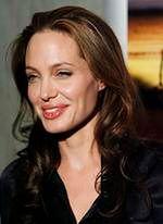 Angelina Jolie perfekcyjną pakowaczką