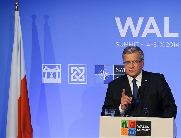 Prezydent Bronisław Komorowski na szczycie NATO w Newport w Walii