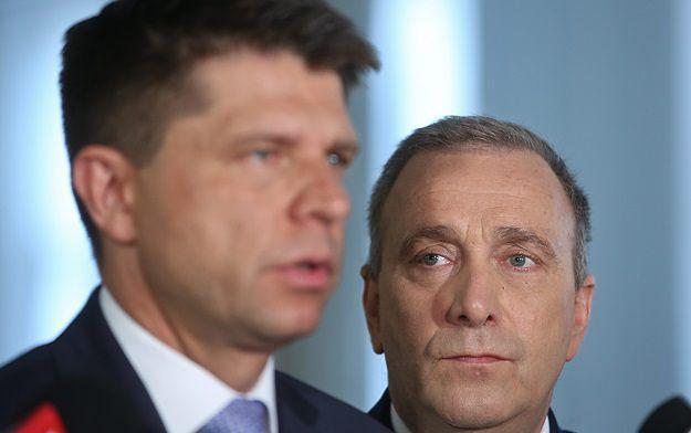 """Petru o rozmowach z Kaczyńskim: """"On mówi swoje, ja mówię swoje"""""""