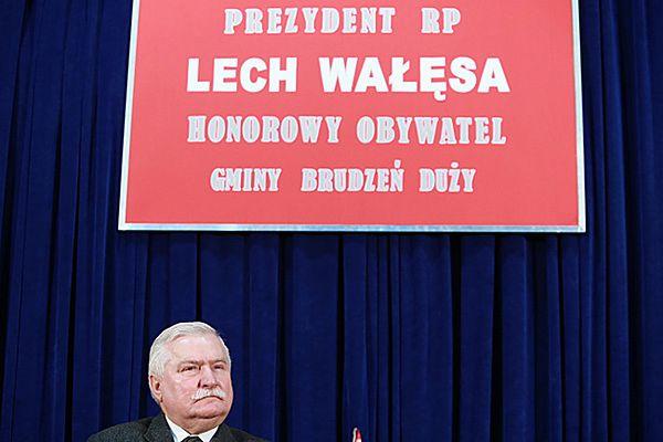 Lech Wałęsa honorowym obywatelem gminy Brudzeń Duży