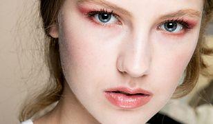 Makijaż w brązach. Jak pomalować oczy przy pomocy uniwersalnej kolorystyki?