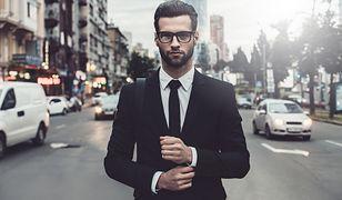 Klasyczna marynarka to obowiązkowy element garderoby mężczyzny