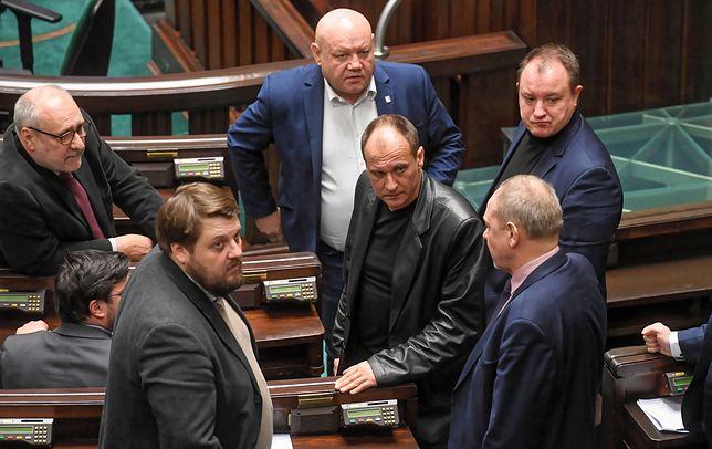 Paweł Kukiz i członkowie jego klubu w Sejmie