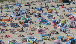 Nowy sezon, stare nawyki. Tak turyści zachowują się na plażach