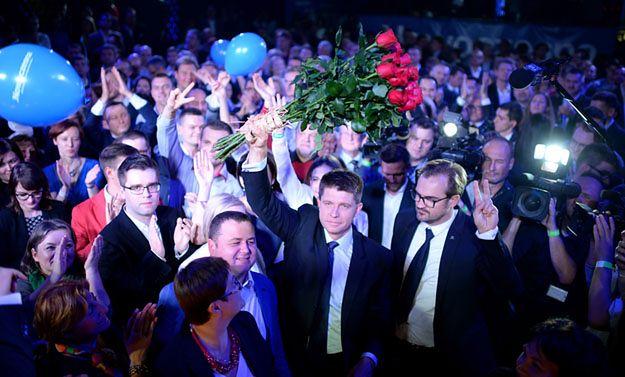 Ryszard Petru podczas wieczoru wyborczego partii .Nowoczesna