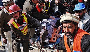 Atak terrorystyczny na uniwersytet w Pakistanie