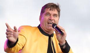 Sławomir Świerzyński. Lider zespołu disco polo w nowej roli