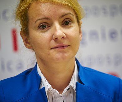Wybory parlamentarne 2019. Agnieszka Soin i nielegalne plakaty