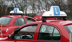 Egzamin można zdawać na samochodzie szkoły jazdy