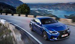 Lexus RC F szybszy od BMW M4