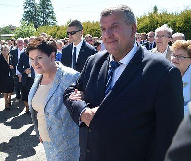 Za rządów Beaty Szydło szkoła dostała dotacje. Jednym z nauczycieli mąż byłej premier