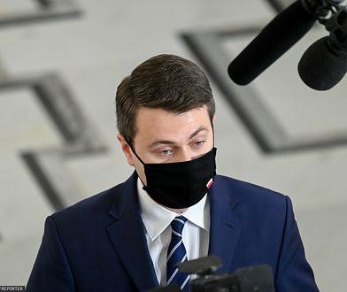 Burza po artykule WP o locie z Andrzejem Dudą. Komentarz rzecznika rządu Piotra Müllera