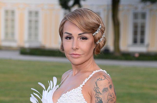 Blanka Lipińska wzięła ślub. Pisarka miała na sobie zjawiskową suknię