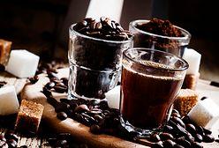 """""""Ekspresso"""" i """"czarna kawa"""" - te błędy popełniają Polacy w kawiarni"""