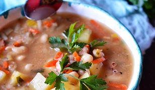 Zupa fasolowo-cebulowa. Zastąpi dwudaniowy obiad