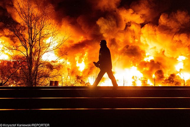 Płonie hala magazynowa we Wrocławiu