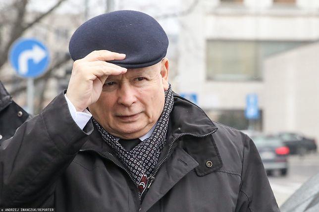 Jarosław Kaczyński codziennie pracuje u siebie w biurze na Nowogrodzkiej
