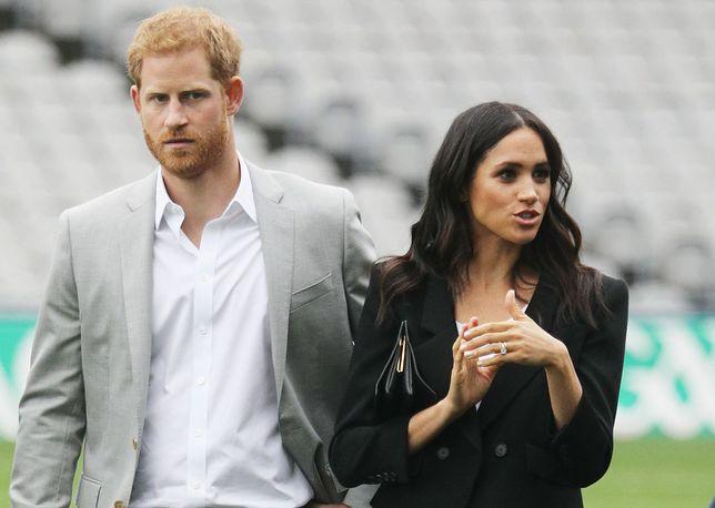 Meghan i Harry, kolejny odcinek królewskiej telenoweli.