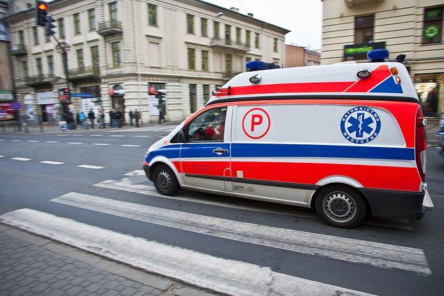 Lublin. Pijana leżała na chodniku, a obok stał 4-letni synek