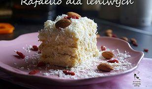 Ciasto kokosowe dla leniwych. Bez pieczenia i kombinowania