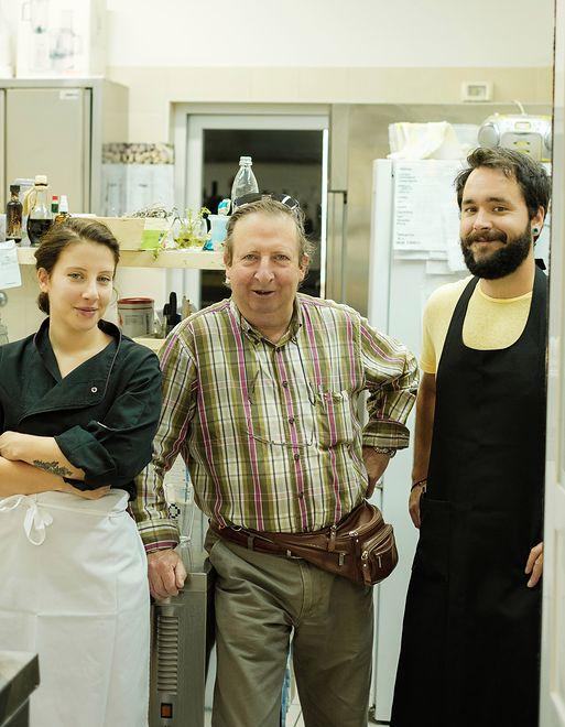 Założyciel restauracji La Bottega dei Sapori wraz z córką i zięciem