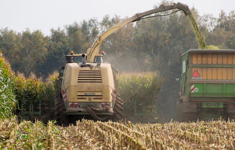 Koszmarny wypadek na Śląsku. Maszyna wciągnęła rolnika