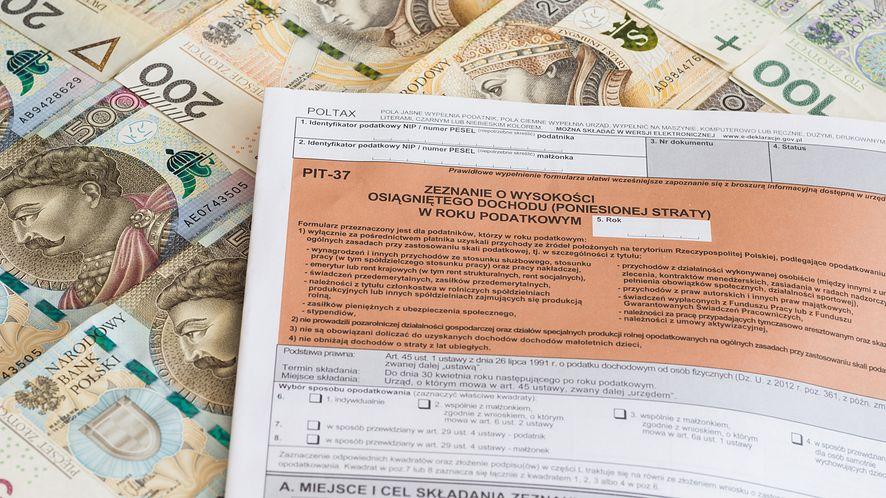 Oszuści wykorzystują PIT jako phishing / fot. ARKADIUSZ ZIOLEK/East News