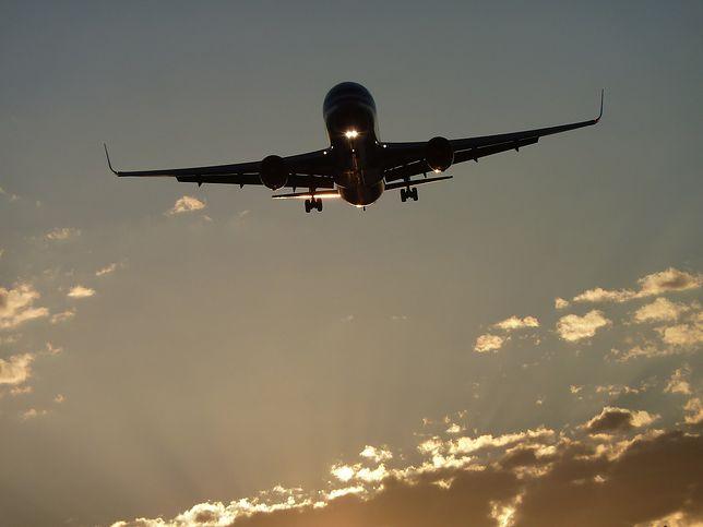 Awaryjne lądowanie na Okęciu. Zgon na pokładzie samolotu