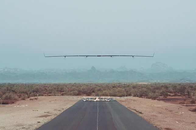 Zakończono pierwszy lot testowy maszyny Zuckerberga