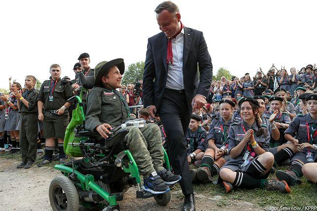 Prezydent Andrzej Duda na spotkaniu z harcerzami.