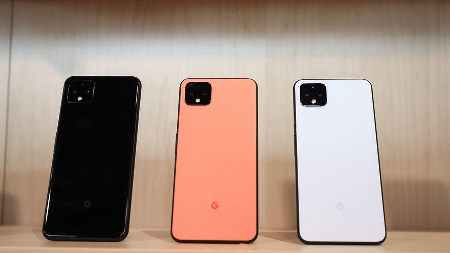 Android 11 pomoże efektywniej ładować smartfon bezprzewodowo, fot. Getty Images